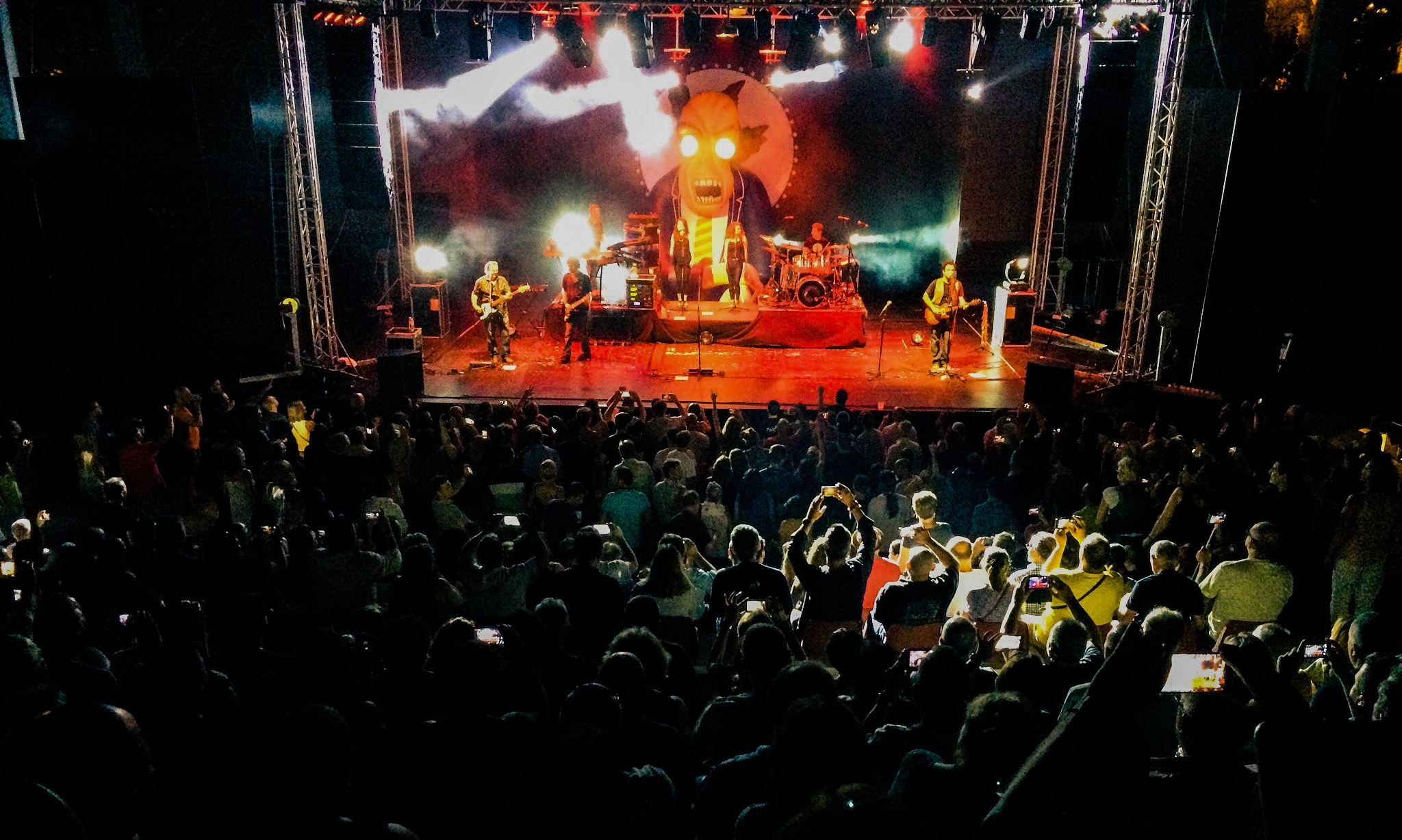 The Pinktones (Tributo a Pink Floyd)